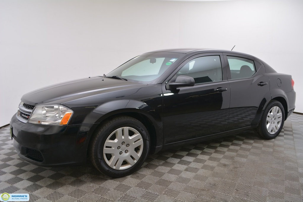 Pre-Owned 2014 Dodge Avenger 4dr Sedan SE