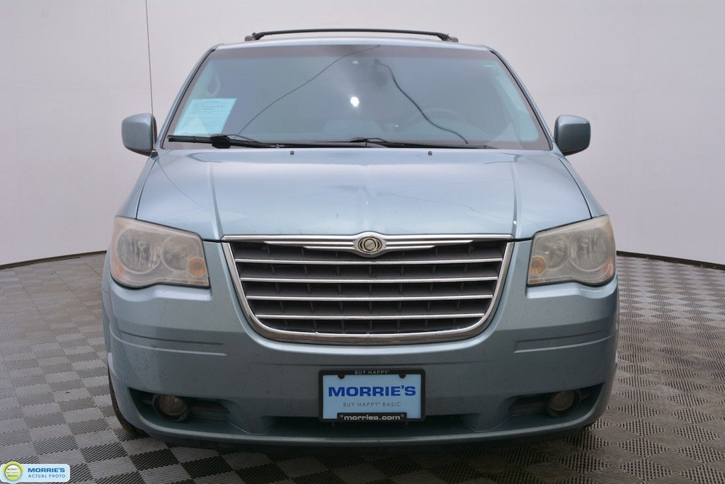 Pre-Owned 2009 Chrysler Town & Country 4dr Wagon Touring