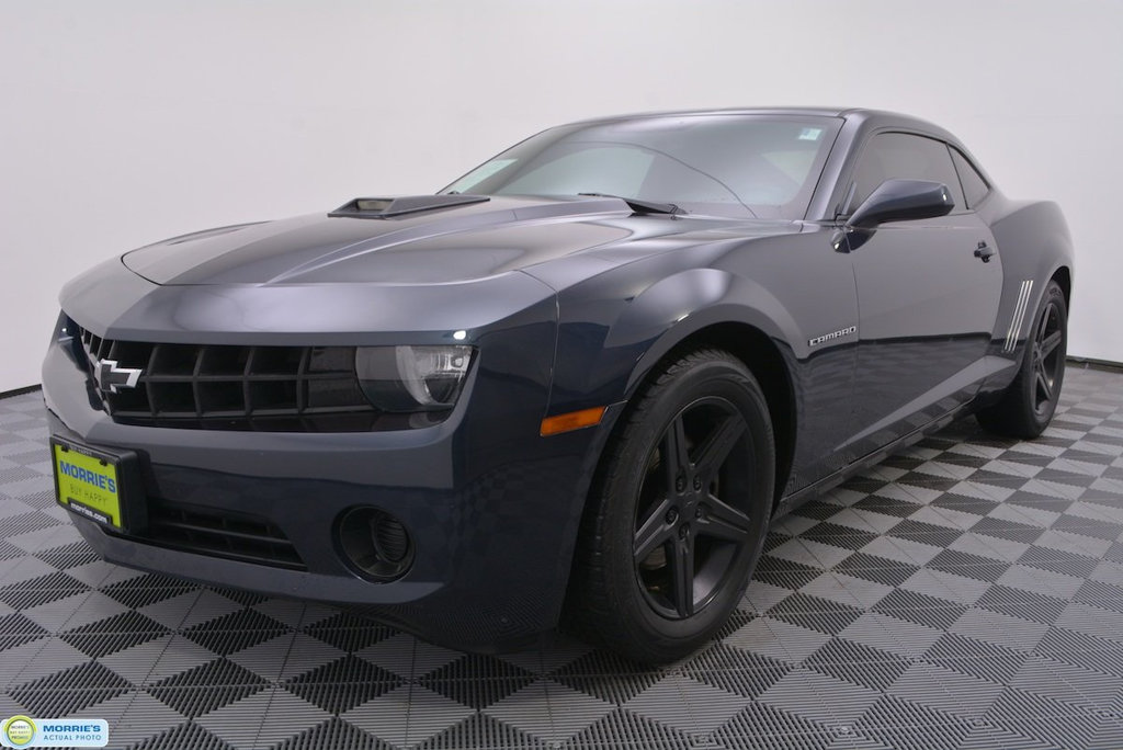 Pre-Owned 2013 Chevrolet Camaro 2dr Coupe LS w/2LS