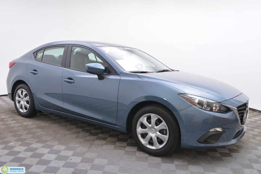 Certified Pre-Owned 2016 Mazda3 4dr Sedan Automatic i Sport