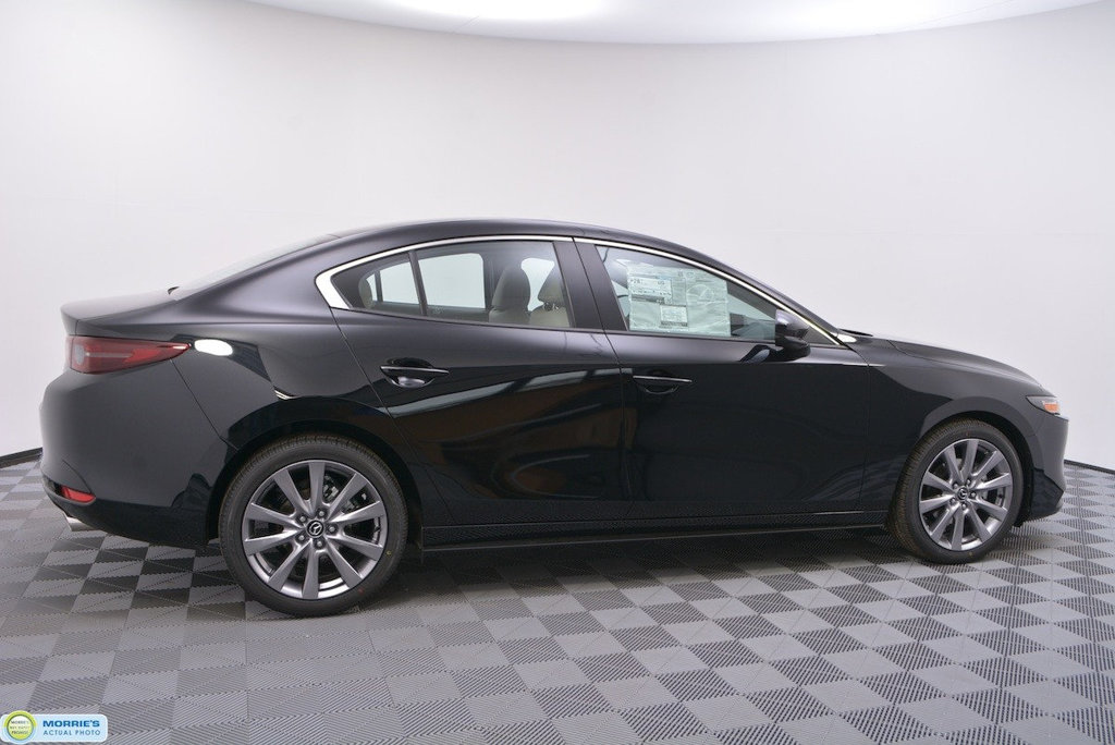 New 2019 Mazda3 4-Door AWD w/Select Pkg